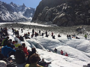 Cleaning up the Mer de Glace
