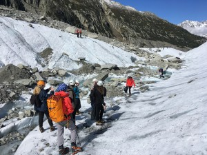 Some of the 'Montagne Responsable' team setting out onto the glacier