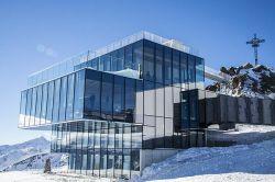 007 film venue - Soelden's futuristic IceQ restaurant