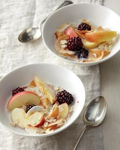 Bircher muesli with blackberries, sliced apples and toasted almonds