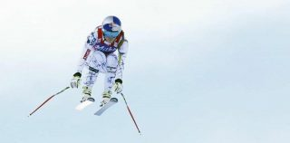Vonn's penultimate race crash