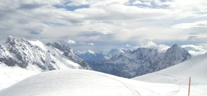 Ski operators extend holiday cancellations